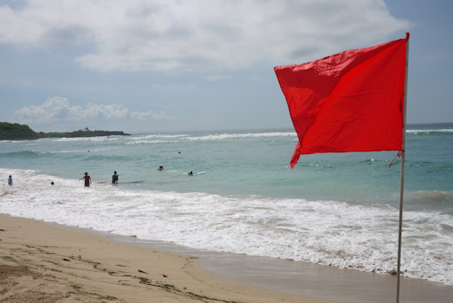 Catchin' some waves in Nusa Dua - btw, red flags means stay out of  the water
